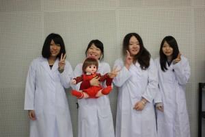 就職内定を決めた臨床工学技士科3年生ギャルたち♡